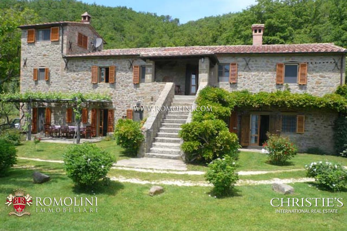 Casale In Pietra Con Piscina In Toscana
